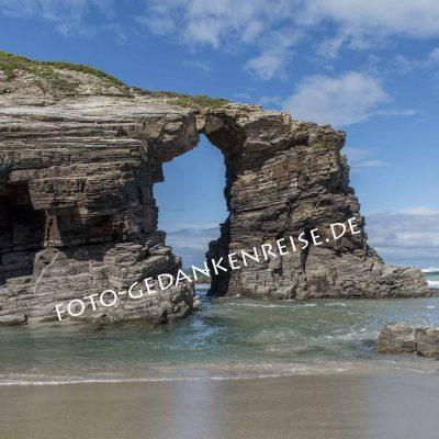 Felstor Praia de Catedrais