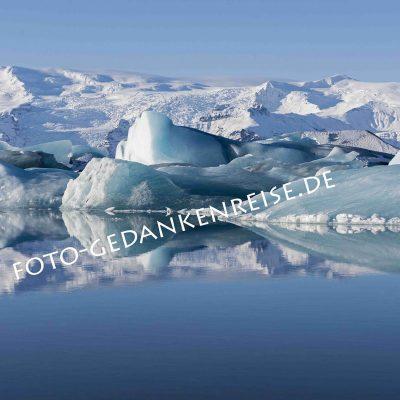 Spiegelung am Jökulsárlon Island