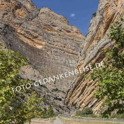 Straße in den Pyrenäen